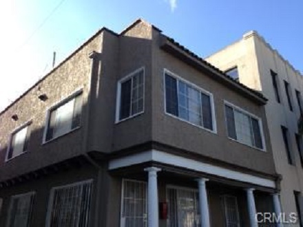 2-bd-1-ba-1000-sf-apt-long-beach-1
